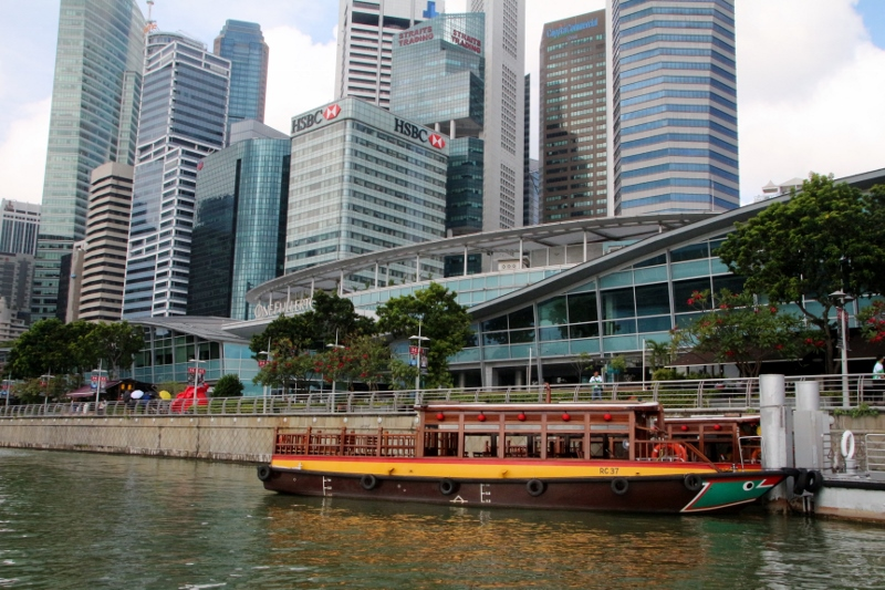Singapore river boat